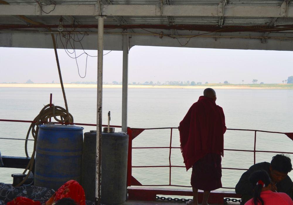 viaggio in myanmar slow boat - Come muoversi in Myanmar: consigli pratici
