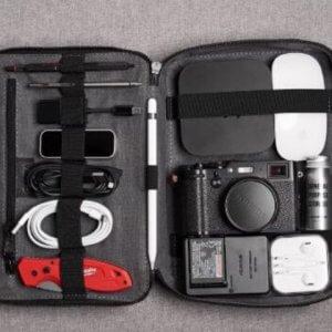 organizzatore accessori elettronici da viaggio